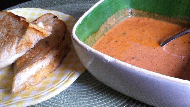 Creamy Tomato Bisque download