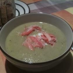 Asparagus and Yukon Gold Potato Soup with Crab and Chive Sour Cream download