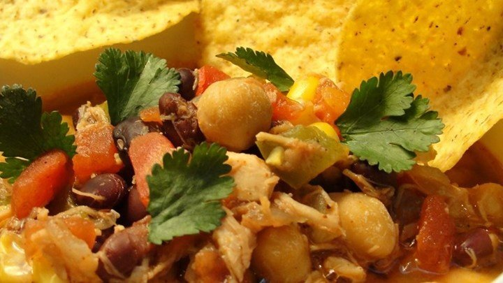 Easy and Tasty Chicken Tortilla Soup download