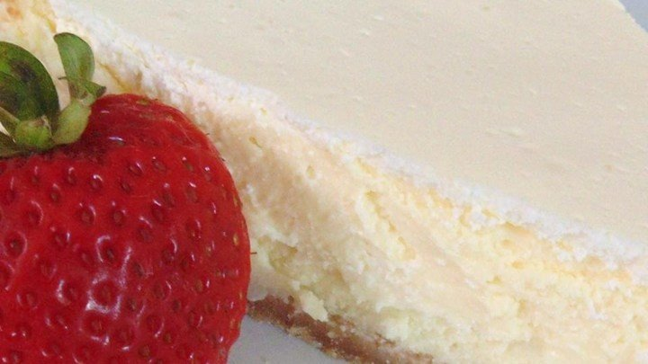 Waldorf's Sour Cream Cheesecake download