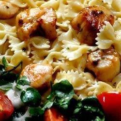 Basil Pan-Seared Scallops over Pasta download