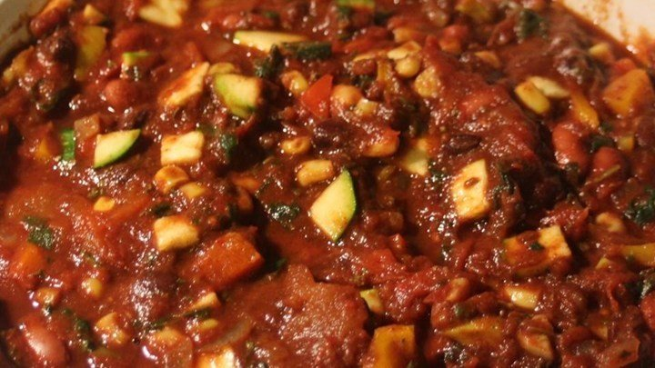 Hearty Vegan Slow-Cooker Chili download