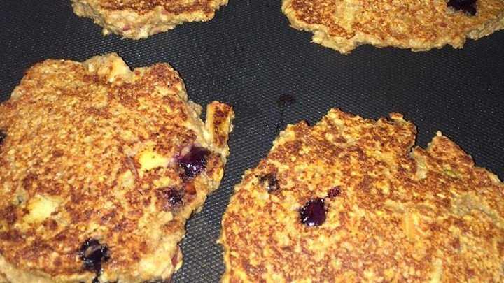 Saturday Morning Blueberry Pancakes download