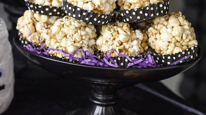 Caramel Popcorn Balls download