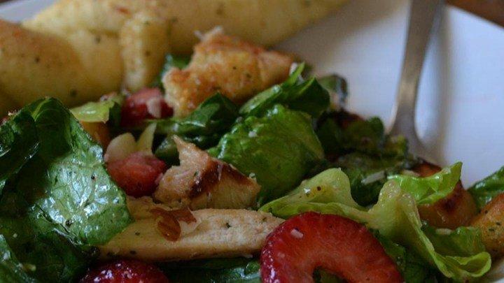 Chicken Berry Salad download
