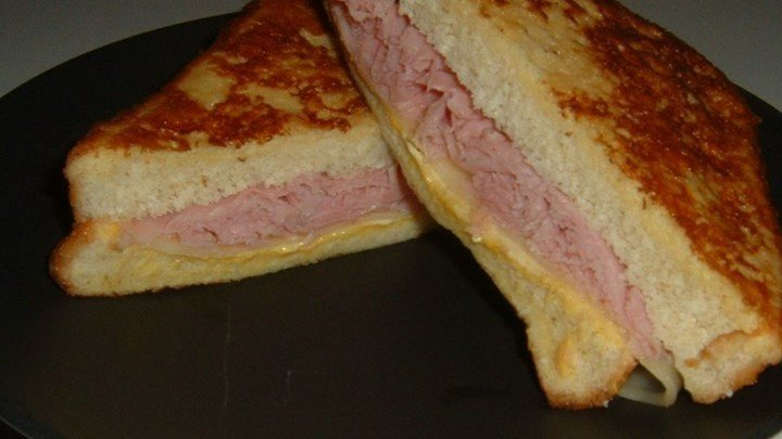 Aunt Bev's Glorified Grilled Cheese Sandwich download