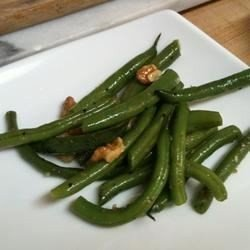 Lemony Green Beans with Walnuts and Thyme download